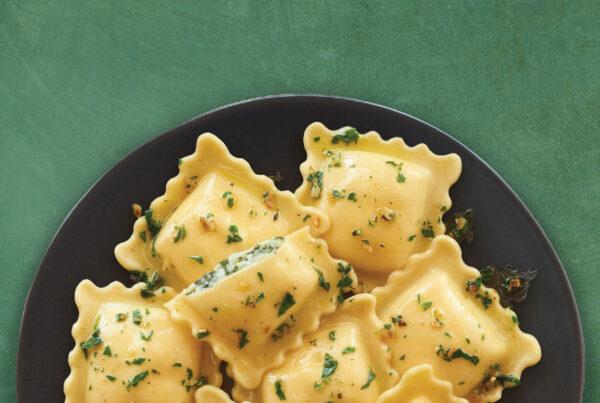 Organic Spinach & Cheese Ravioli with Walnut Parsley Pesto